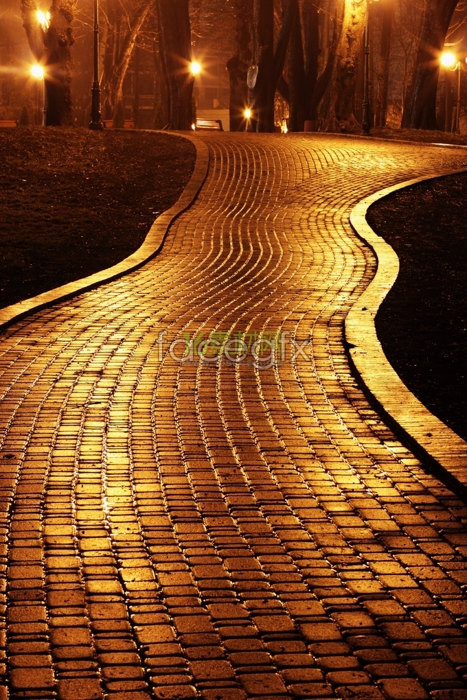 Yellow night continues the path
