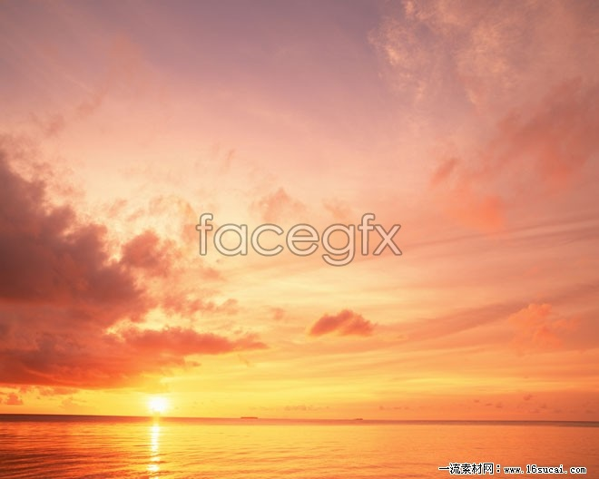 Sea sunset rosy clouds HD Photo