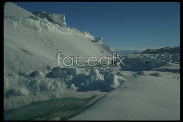 Ice 562