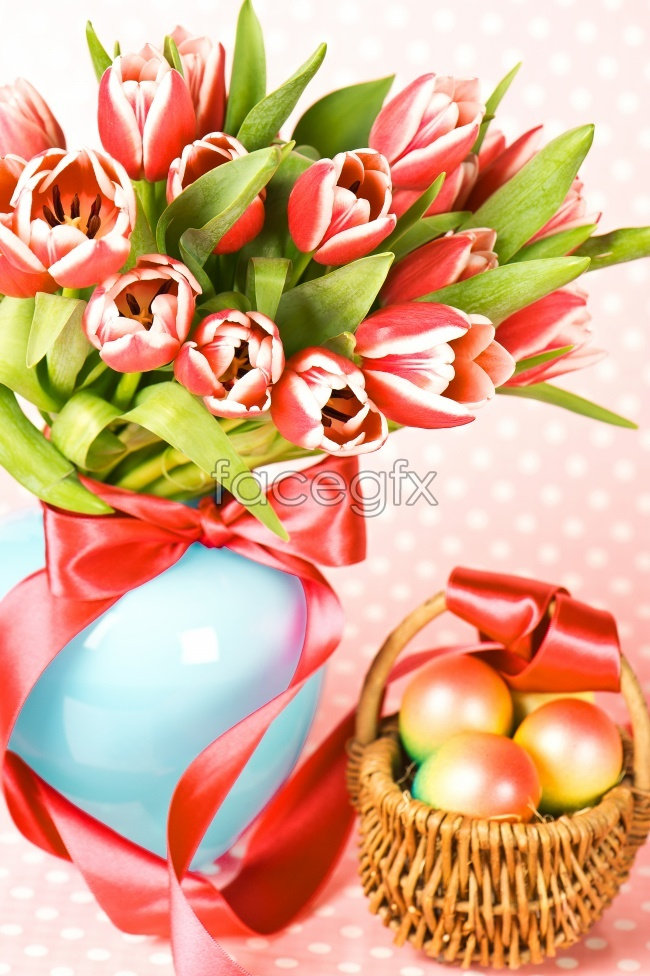 Tulip bouquet Easter egg picture