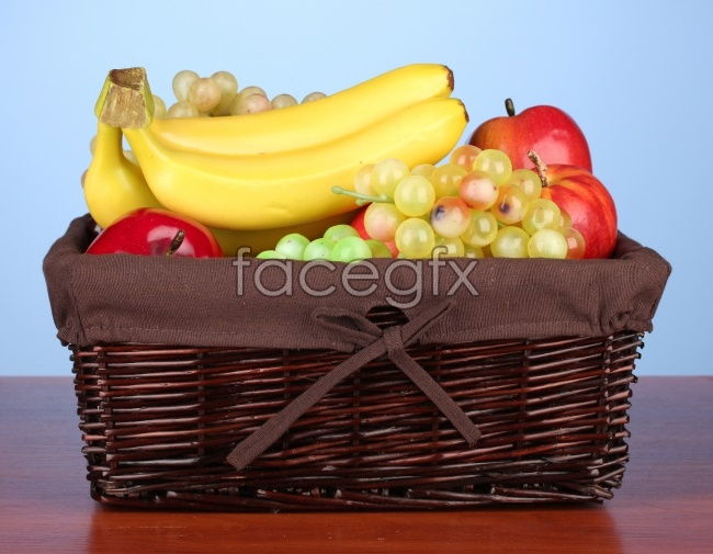 A basket of fruit and high definition pictures