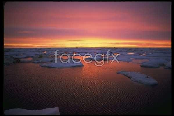 Ice 553