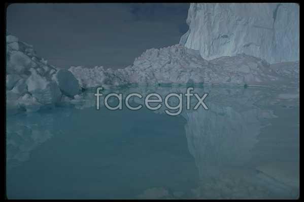 Ice 588