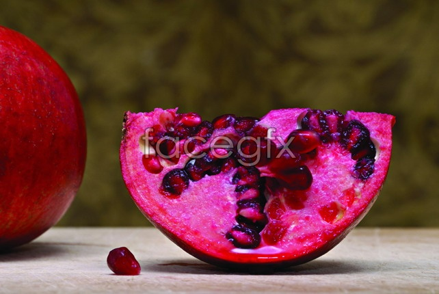Fresh pomegranate material picture