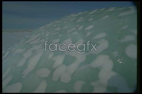 Ice 585