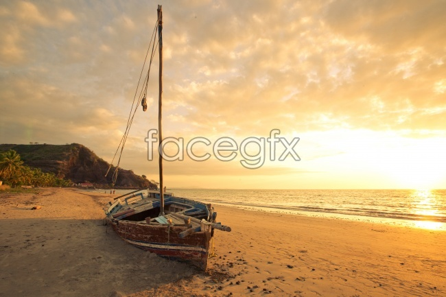 Beach Sunrise Beach boat pictures