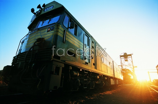 Sunset green train HD pictures