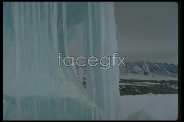 Ice 572