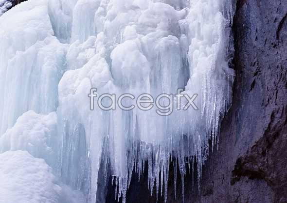 Ice 348
