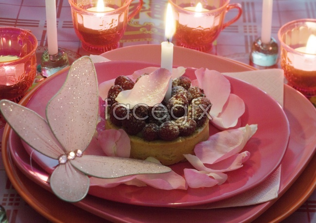 Warm and pink petals cake candle candles pictures