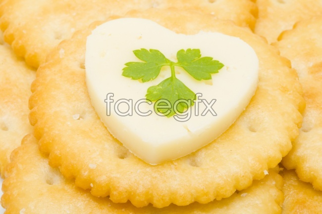 Delicious food heart-shaped biscuit pastry pictures