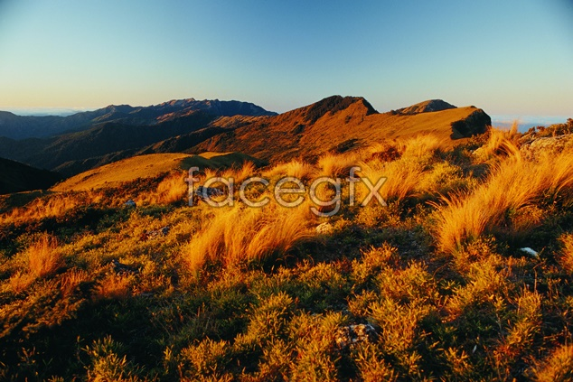 Mountain scenery picture material